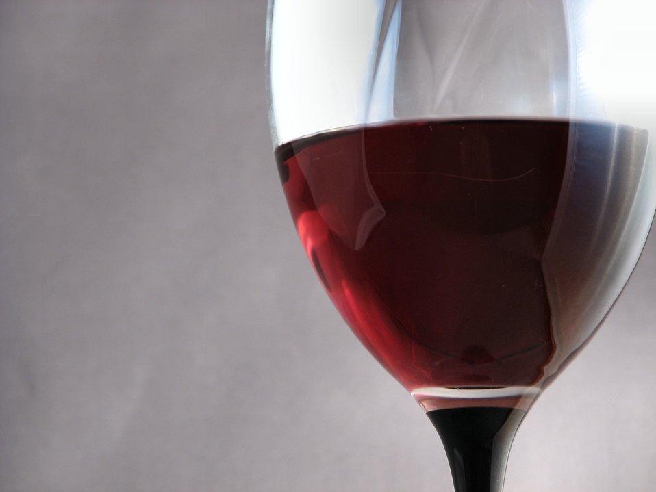 Glass of wine : Free Stock Photo
