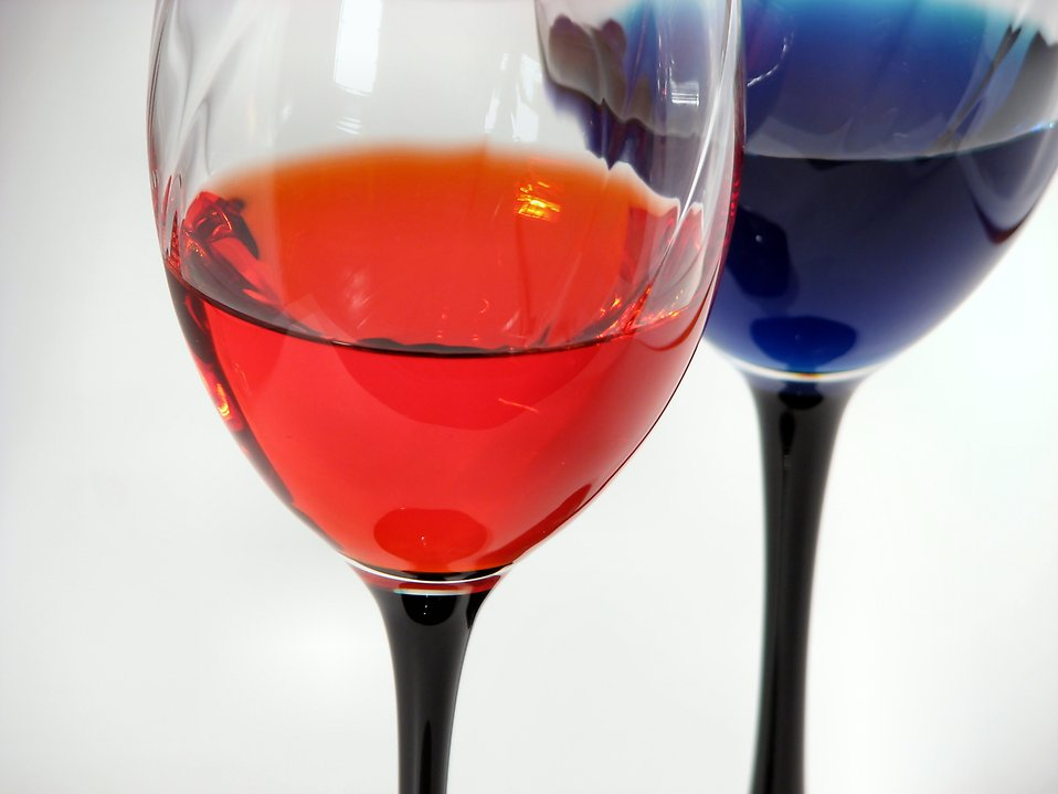 Colored wine glasses : Free Stock Photo
