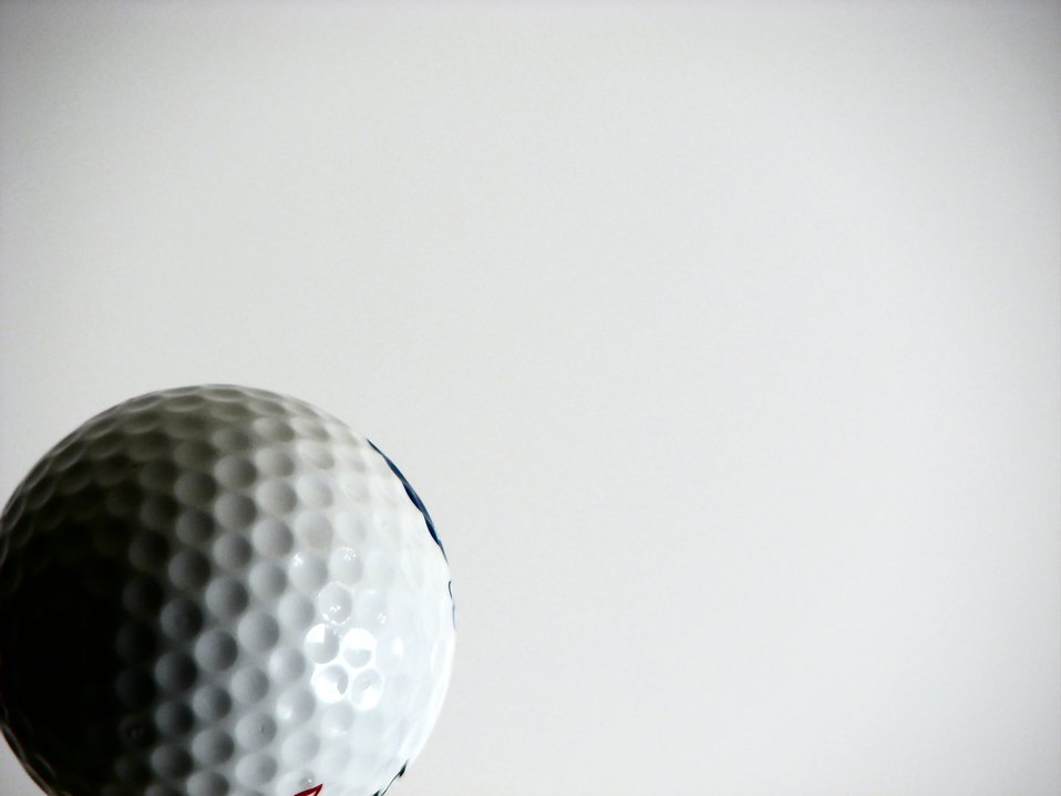 Golf ball : Free Stock Photo