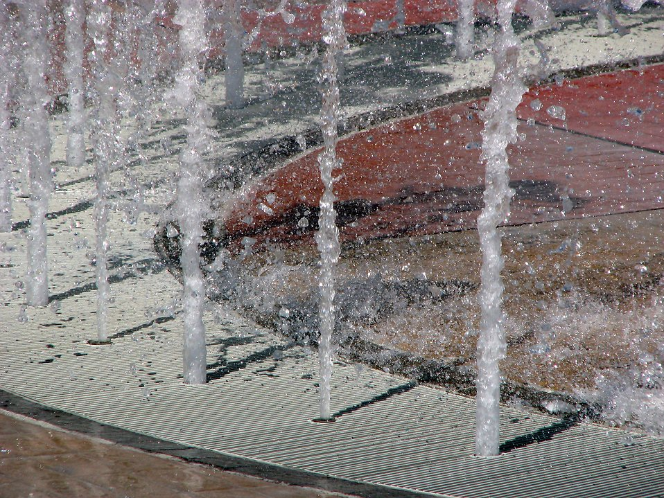 Fountain at Olympic Park : Free Stock Photo
