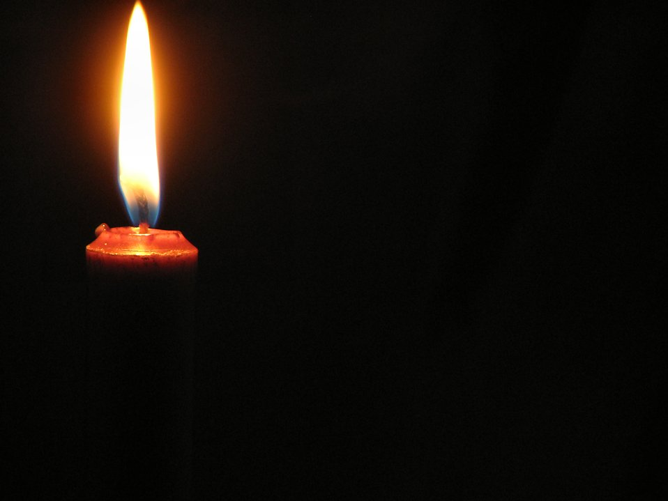 Closeup of candle : Free Stock Photo