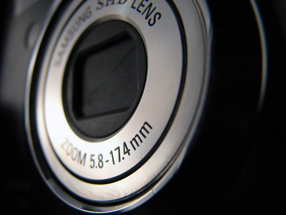 Closeup camera lens : Free Stock Photo