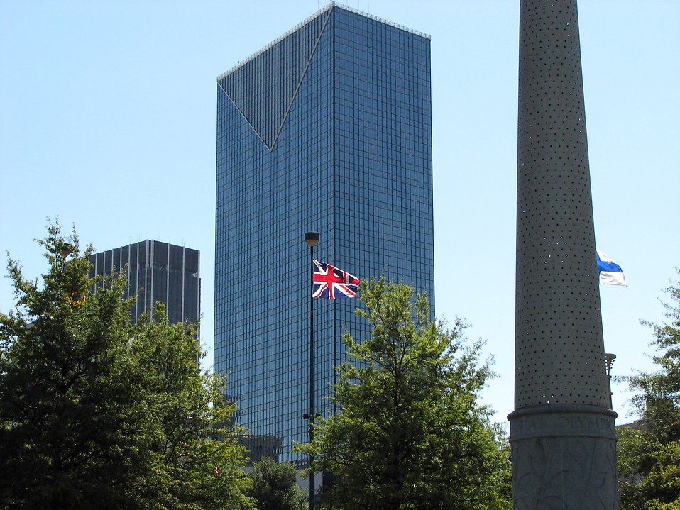 British flag in front of some buildings : Free Stock Photo