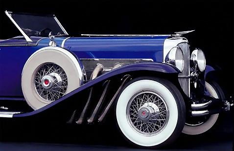 Closeup of a blue antique car : Free Stock Photo