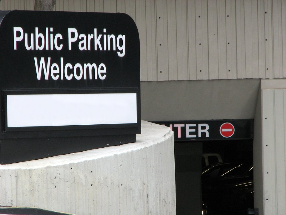 Public parking sign and entrance : Free Stock Photo