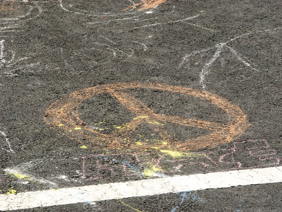 Orange chalk peace symbol : Free Stock Photo