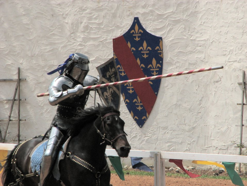 Knight charging on a horse : Free Stock Photo
