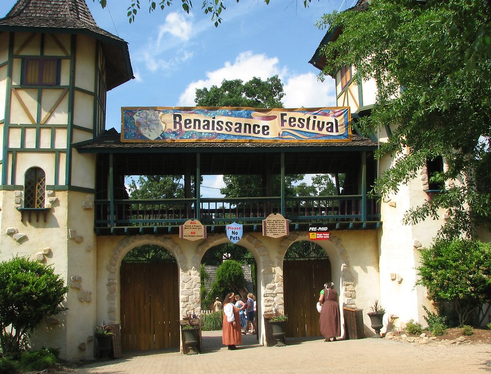 Castle style festival entrance : Free Stock Photo