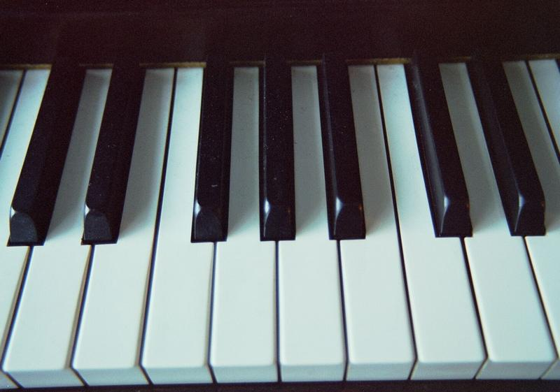 Closeup of piano keys : Free Stock Photo
