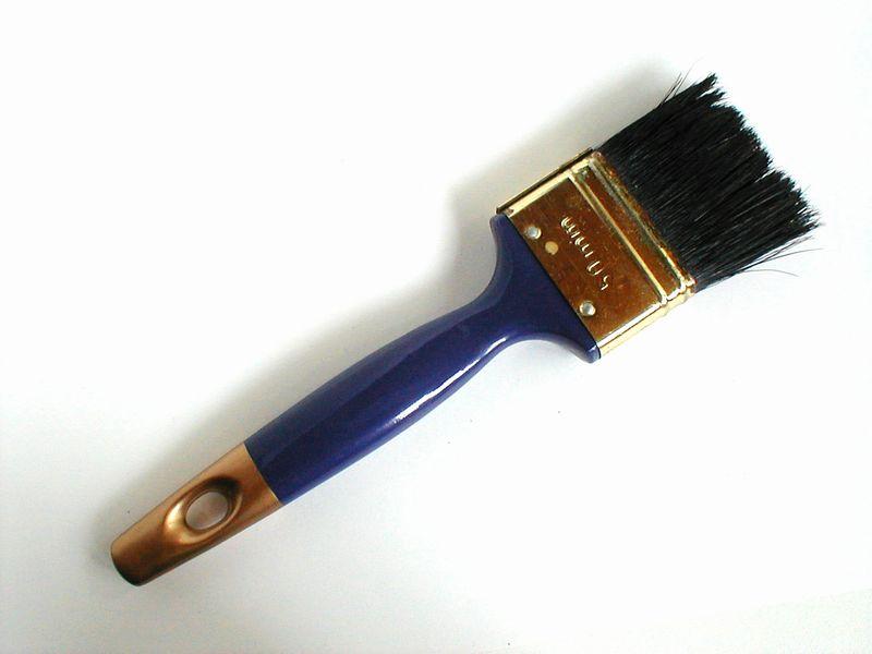 Blue handled paint brush : Free Stock Photo