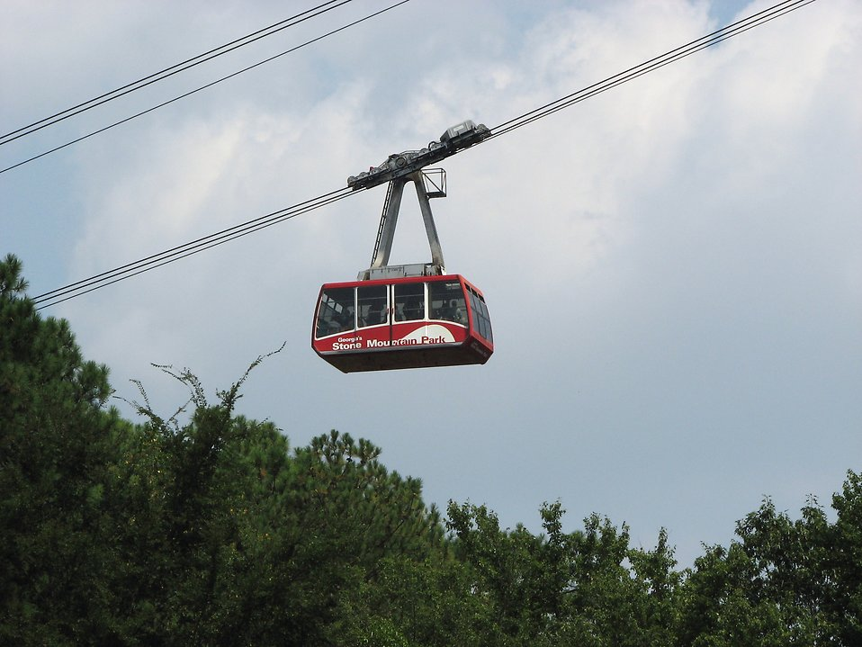 Skyride cable car at Stone Mountain Park : Free Stock Photo