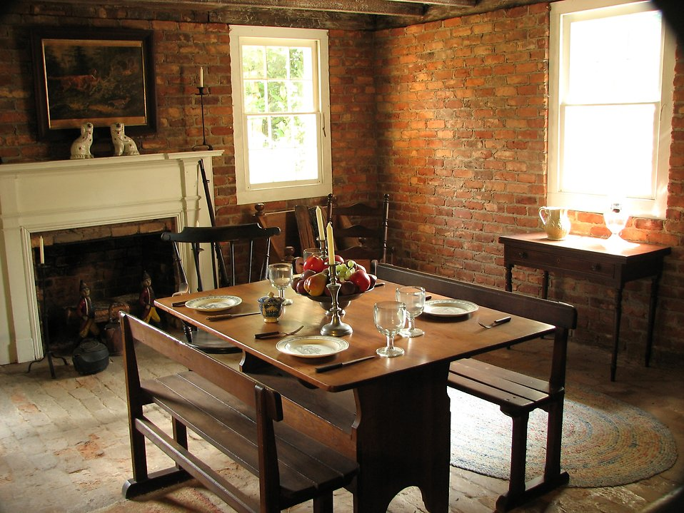 Dining room at Stone Mountain Park : Free Stock Photo