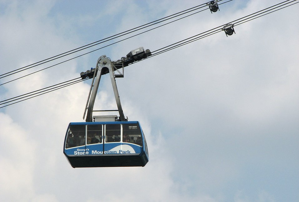 Blue cable car at Stone Mountain Park : Free Stock Photo
