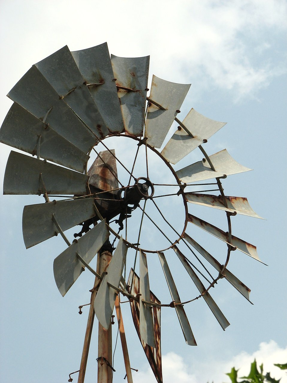 Closeup of an old farm windmill : Free Stock Photo