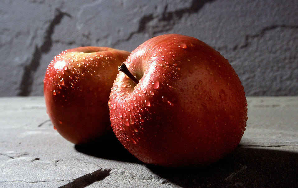 Close-up of two red Fuji apples : Free Stock Photo
