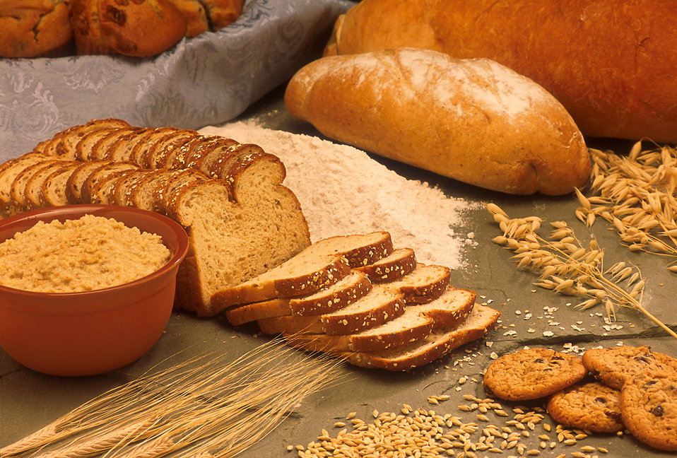 Oats, barley and bread : Free Stock Photo