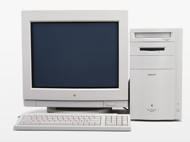 A desktop computer isolated on a white background : Free Stock Photo