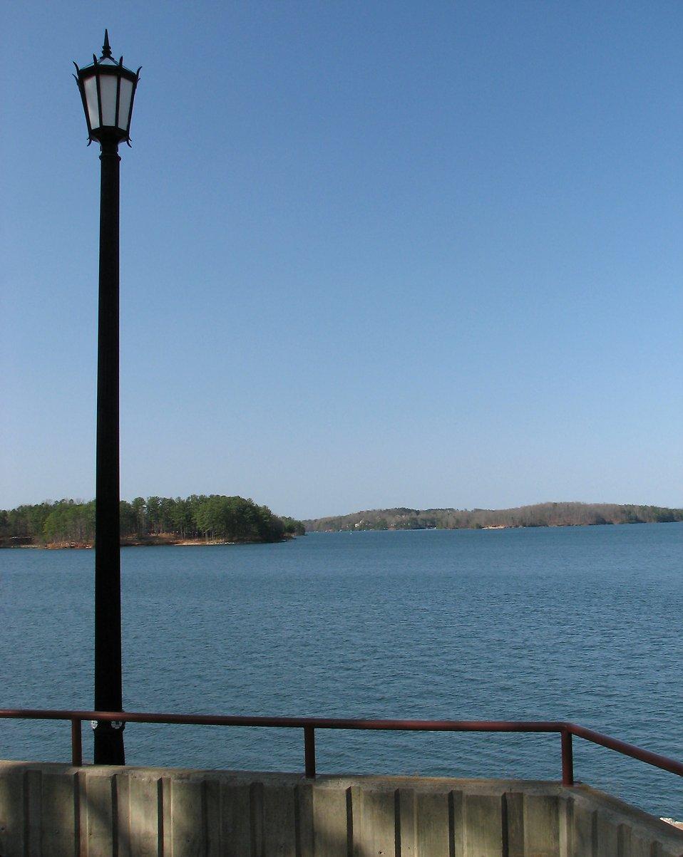 A view of Lake Lanier in Georgia : Free Stock Photo