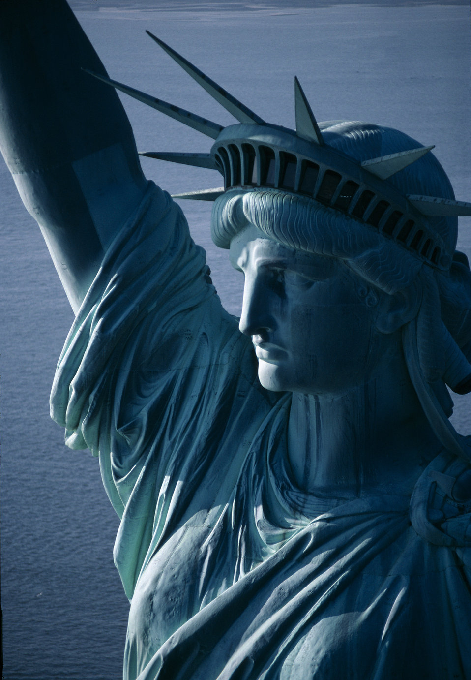 Close-up of the Statue of Liberty monument : Free Stock Photo