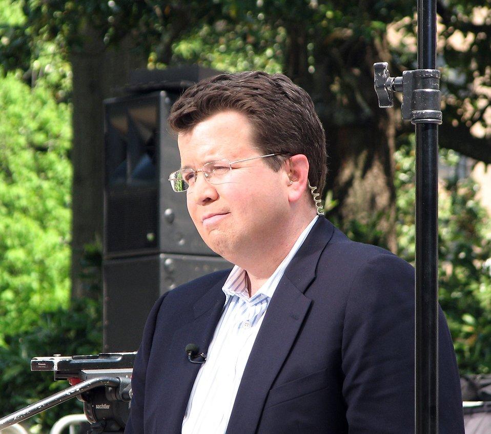 Fox News reporter Neil Cavuto reporting at the 2010 tax day tea party in Atlanta, Georgia : Free Stock Photo