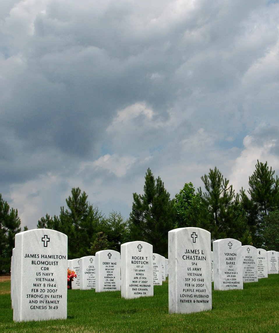 Gravestones at the Georgia National Cemetery : Free Stock Photo