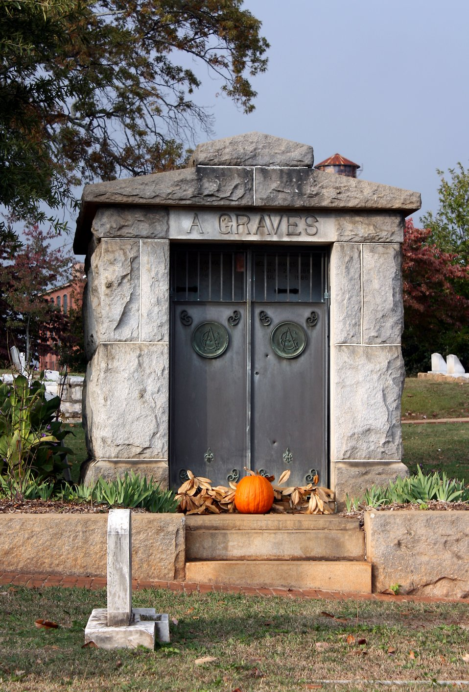 A mausoleum during autumn at historic Oakland Cemetery in Atlanta, Georgia : Free Stock Photo