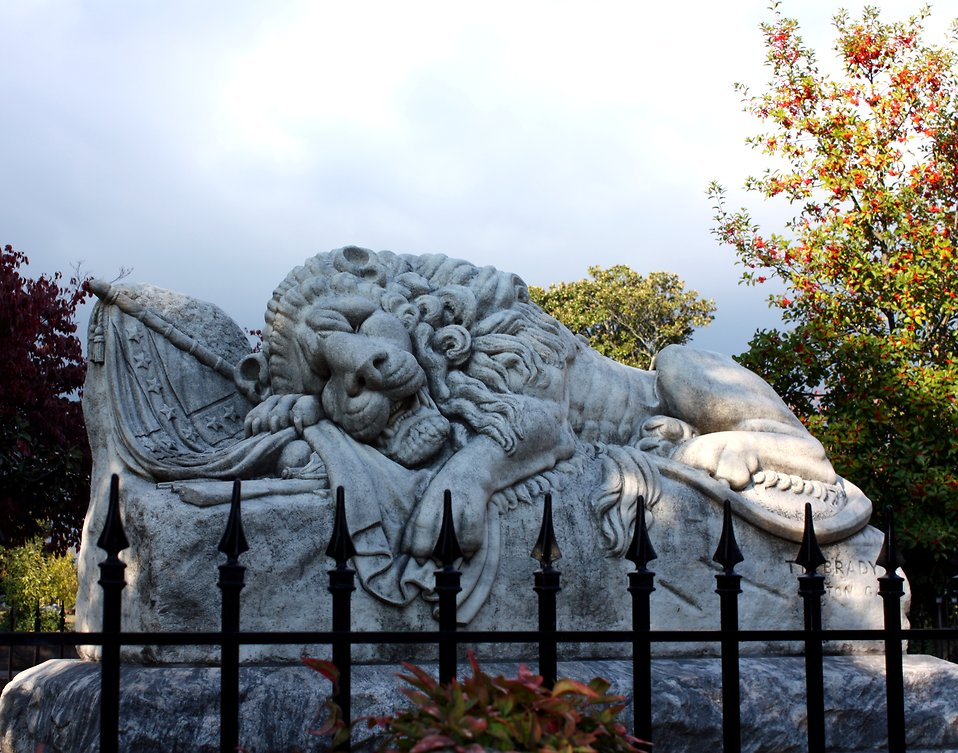 The Lion of Atlanta statue at historic Oakland Cemetery in Atlanta, Georgia : Free Stock Photo