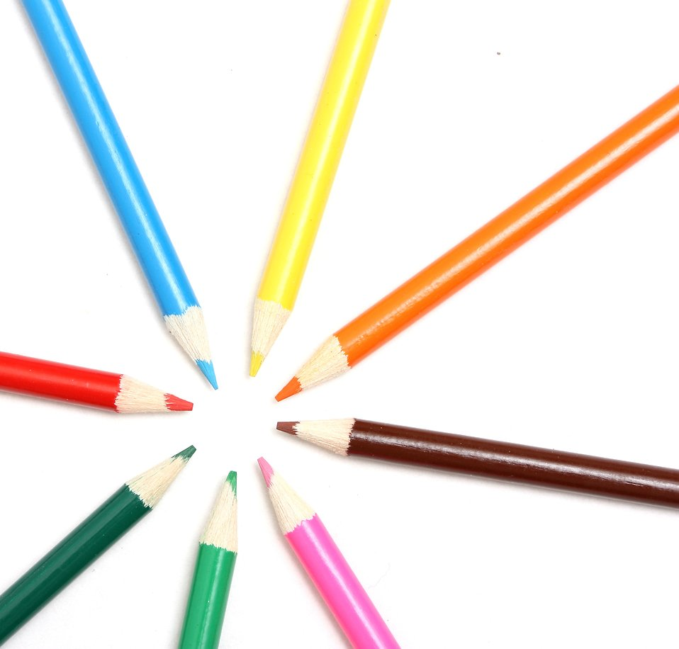 Close-up of colored pencils : Free Stock Photo
