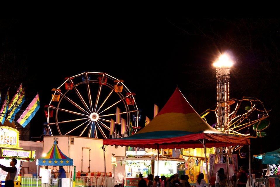 A carnival at night time : Free Stock Photo