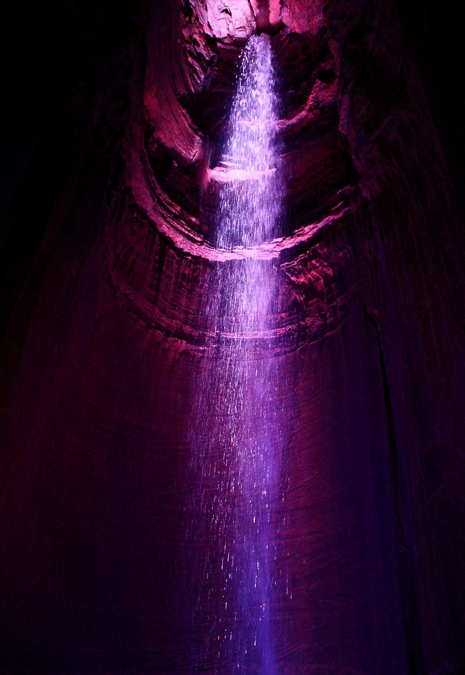 An underground waterfall in Ruby Falls cavern : Free Stock Photo