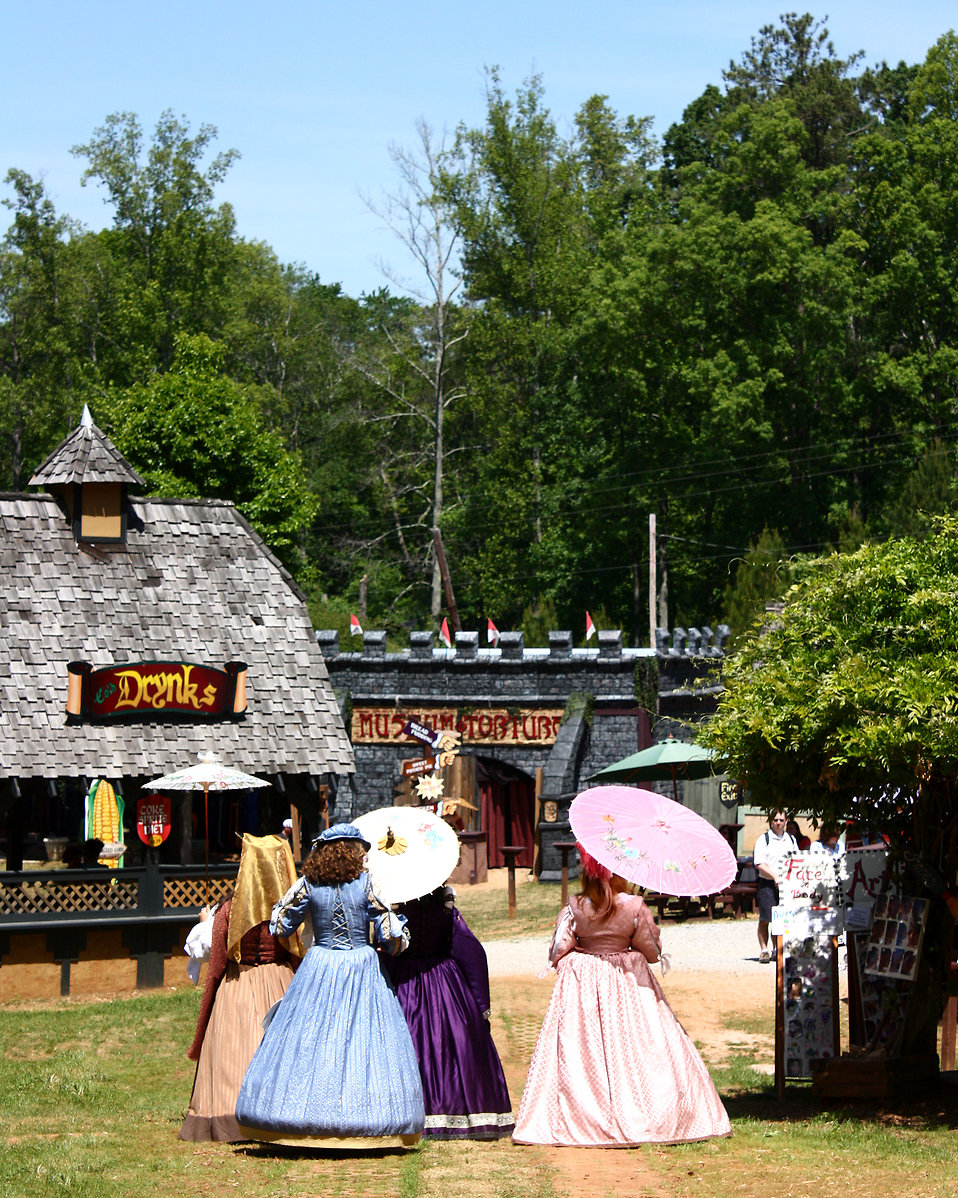 Women in dresses at the 2011 Georgia Renaissance Festival : Free Stock Photo