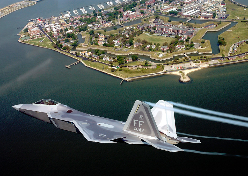 An F-22A Raptor flying over Fort Monroe : Free Stock Photo