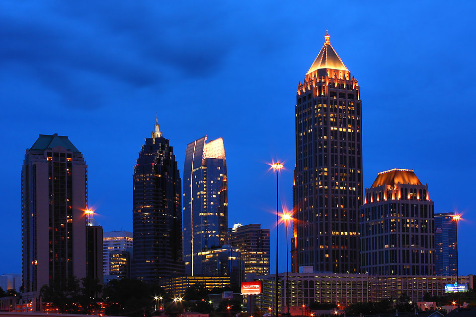 Atlanta skyline at night : Free Stock Photo