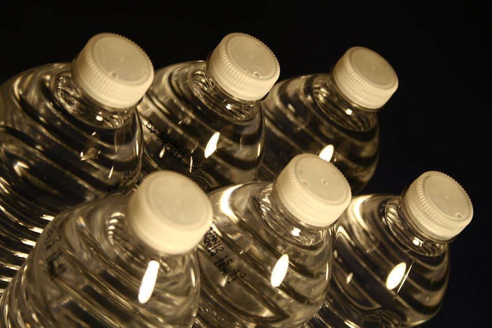 Plastic water drinking bottles : Free Stock Photo