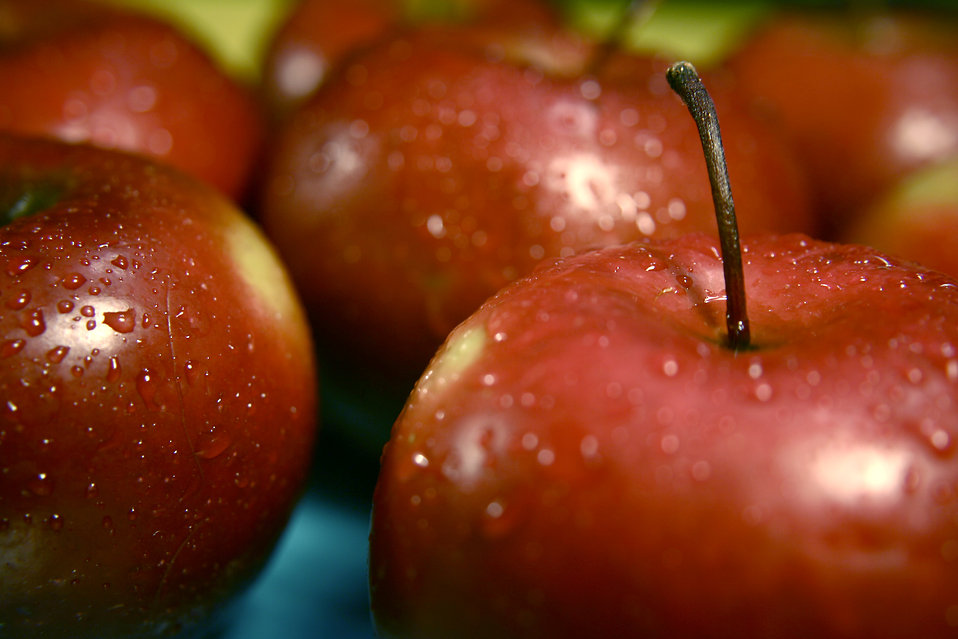 Closeup of red apples : Free Stock Photo