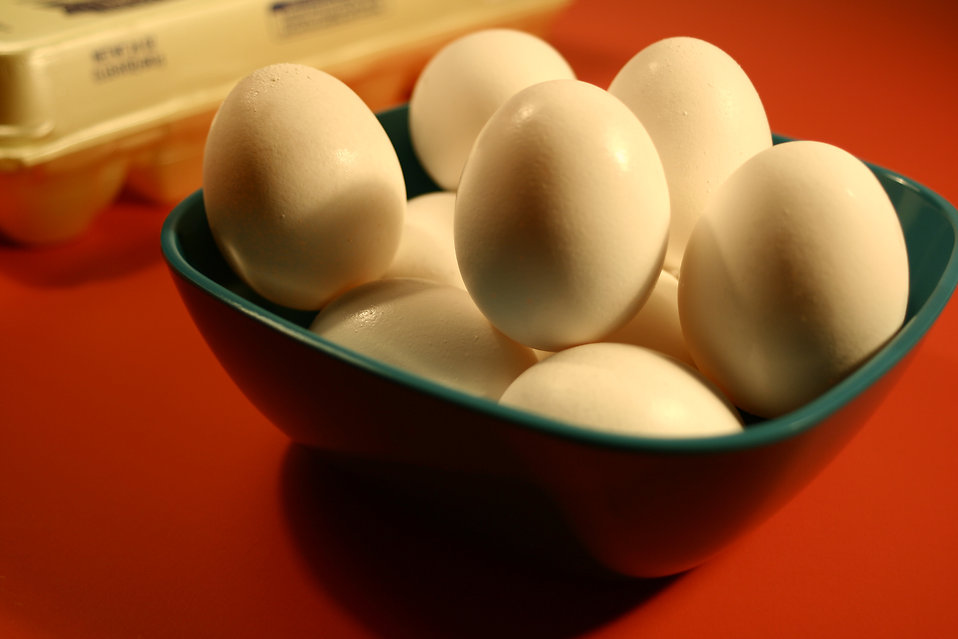 A bowl full of eggs : Free Stock Photo