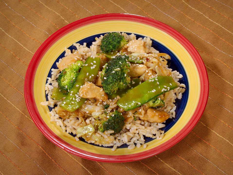 Chicken Broccoli stir fry on a plate : Free Stock Photo