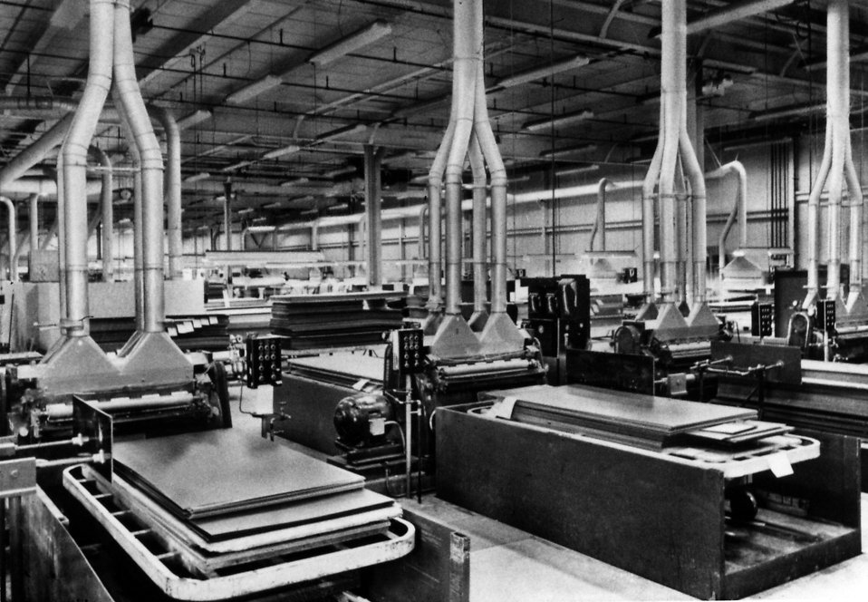 Historic image of the inside of a factory : Free Stock Photo