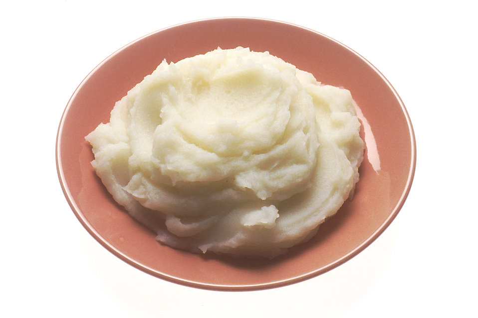 A plate of mashed potatoes  : Free Stock Photo