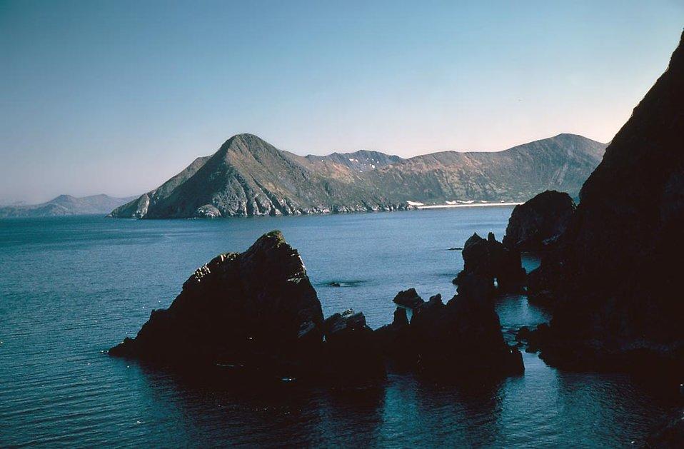 Big Koniuji Island surrounded by water : Free Stock Photo