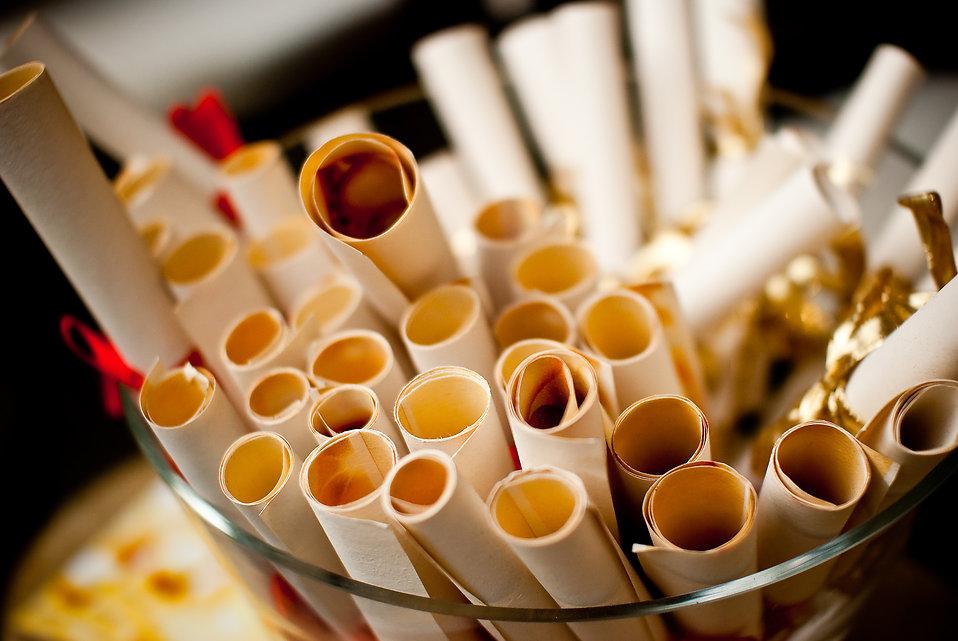 Paper scrolls : Free Stock Photo