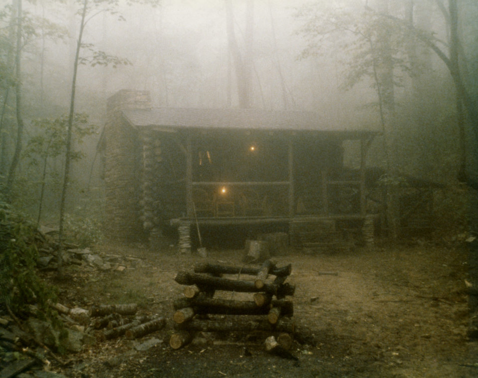 Log cabin in fog : Free Stock Photo