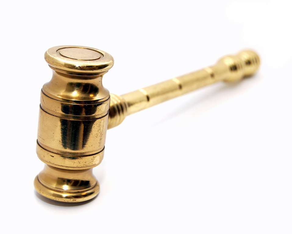 A golden gavel : Free Stock Photo