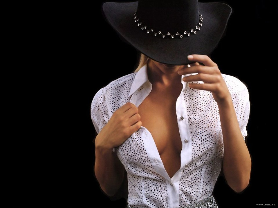 Sexy woman in cowboy hat : Free Stock Photo