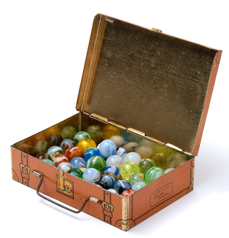 A box of marbles : Free Stock Photo