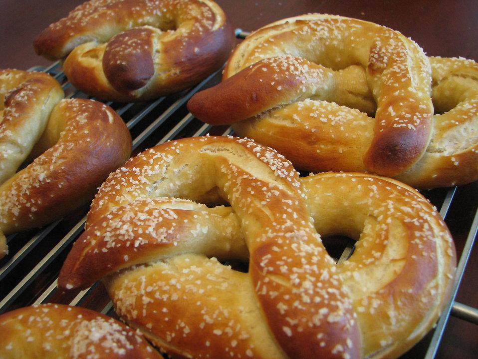 Soft pretzels : Free Stock Photo