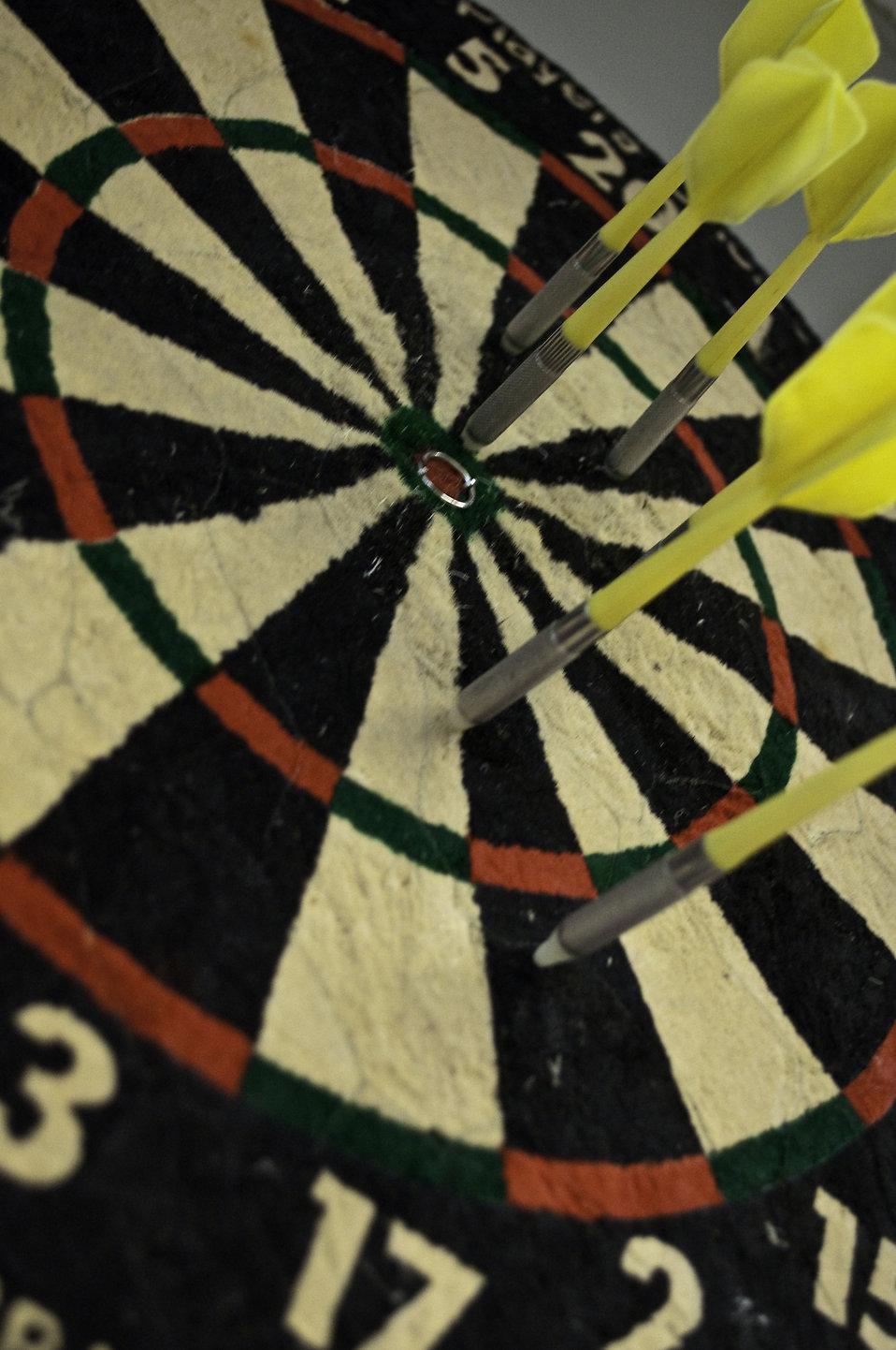 Dartboard close-up : Free Stock Photo