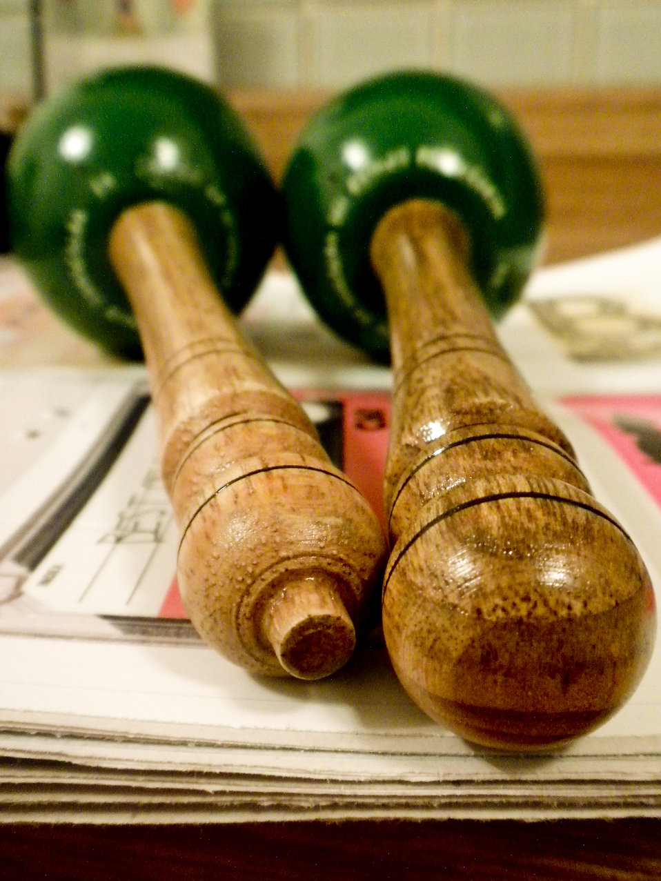 Green maracas : Free Stock Photo