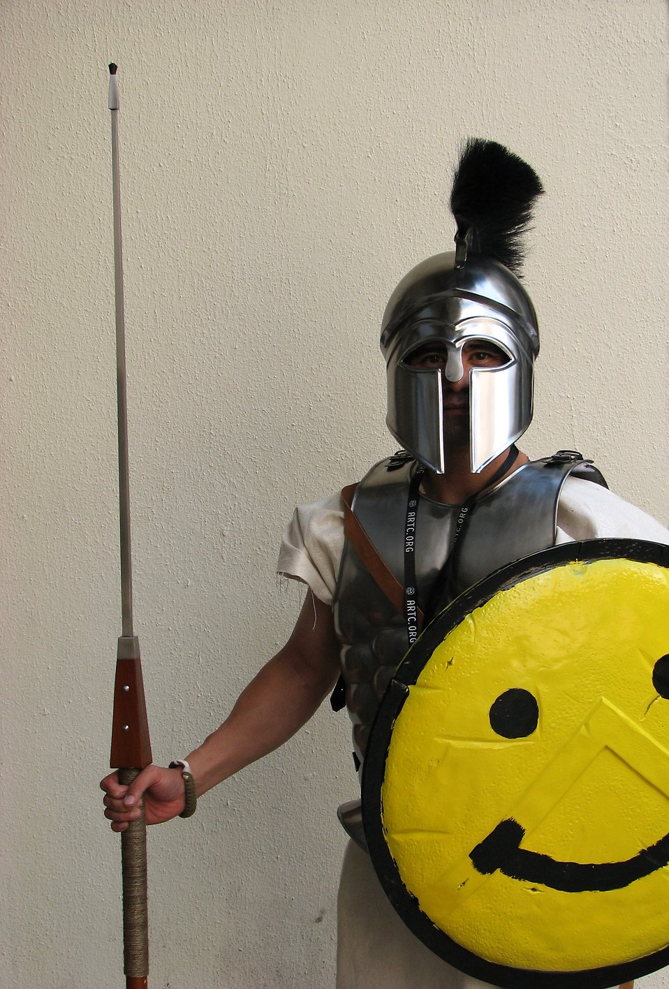 Man in Spartan armor with happy face at Dragoncon 2008 : Free Stock Photo