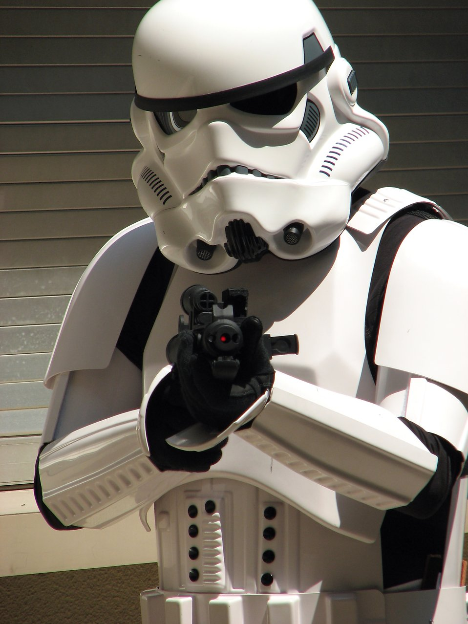 Closeup of Stormtrooper with blaster costume at Dragoncon 2008 : Free Stock Photo